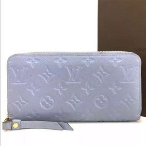 Louis Vuitton Leather Zippy Zip-Around Wallet